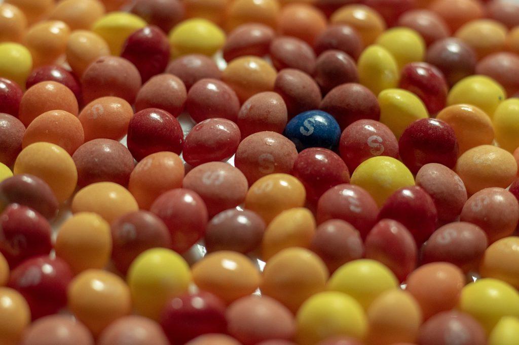 Skittles Colours Warm Blue  - Storme22k / Pixabay